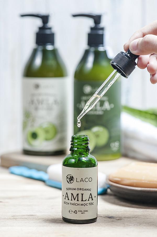 .Serum Organic Amla sản phẩm đầu tiên của Việt Nam sản xuất theo chuẩn Organic USDA của Bộ nông nghiệp Hoa Kì với thành phần hữu cơ hơn 85%.