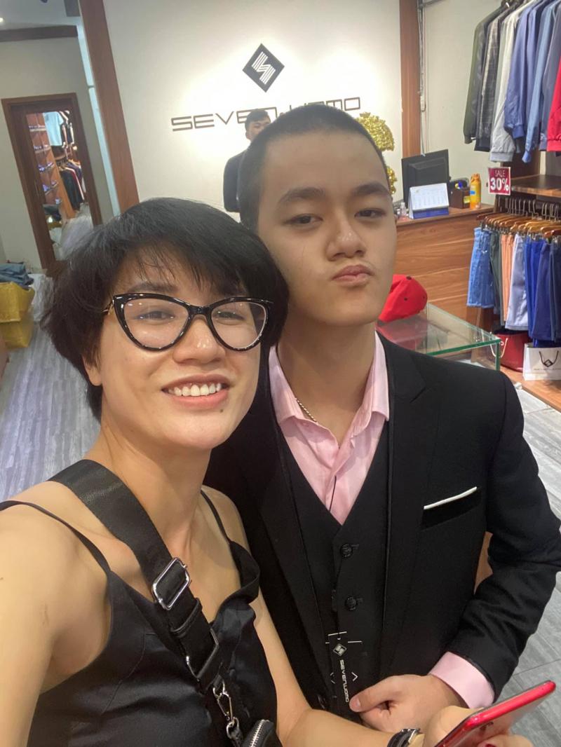 Người mẫu Trang Trần mua sắm tại Seven Uomo Bình Dương.