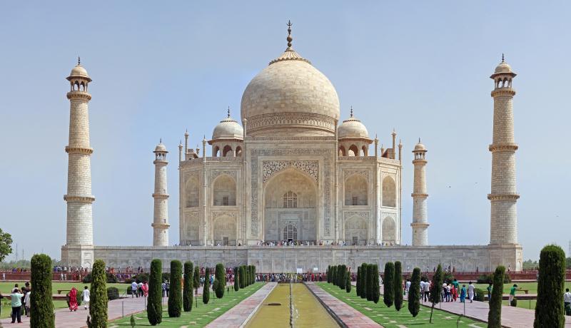 Đền Taj mahal minh chứng tình yêu của vua Shah Jahan dành tặng cho vợ.