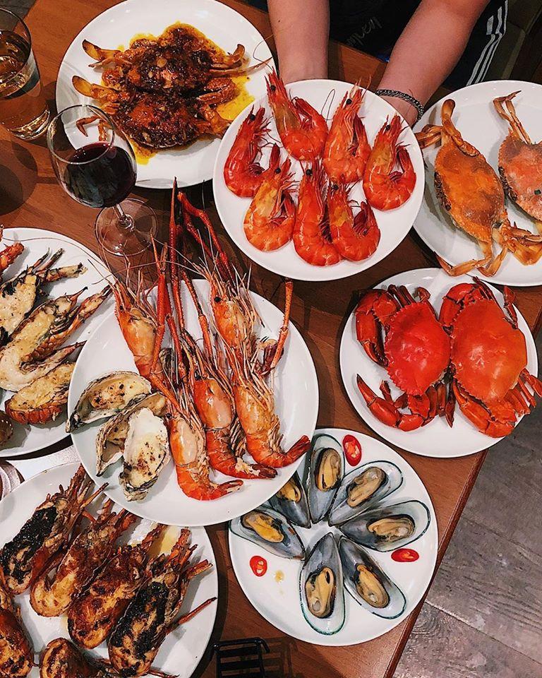 Top 10 nhà hàng hải sản ngon, nổi tiếng nhất ở Quận 1, TP. HCM