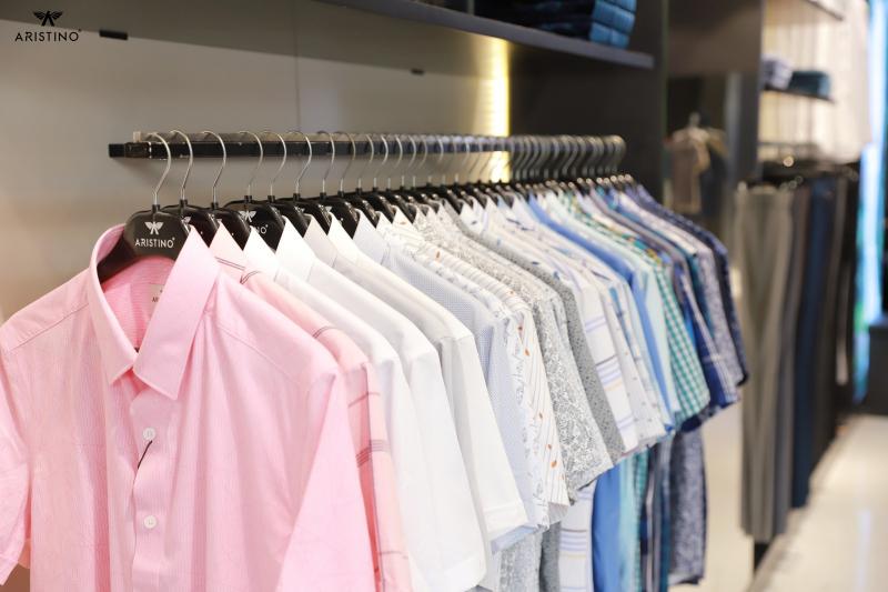 Shop Aristino