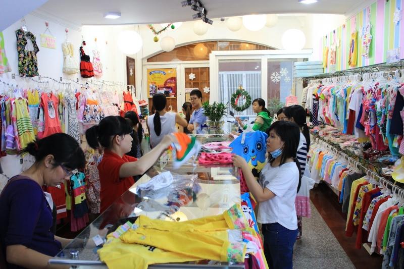 Một góc cửa hàng của Baby shop