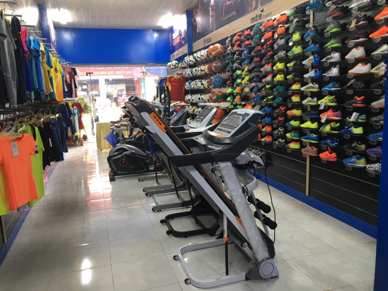 Top 6 Shop bán giày bóng đá chất lượng nhất tại Hà Nội