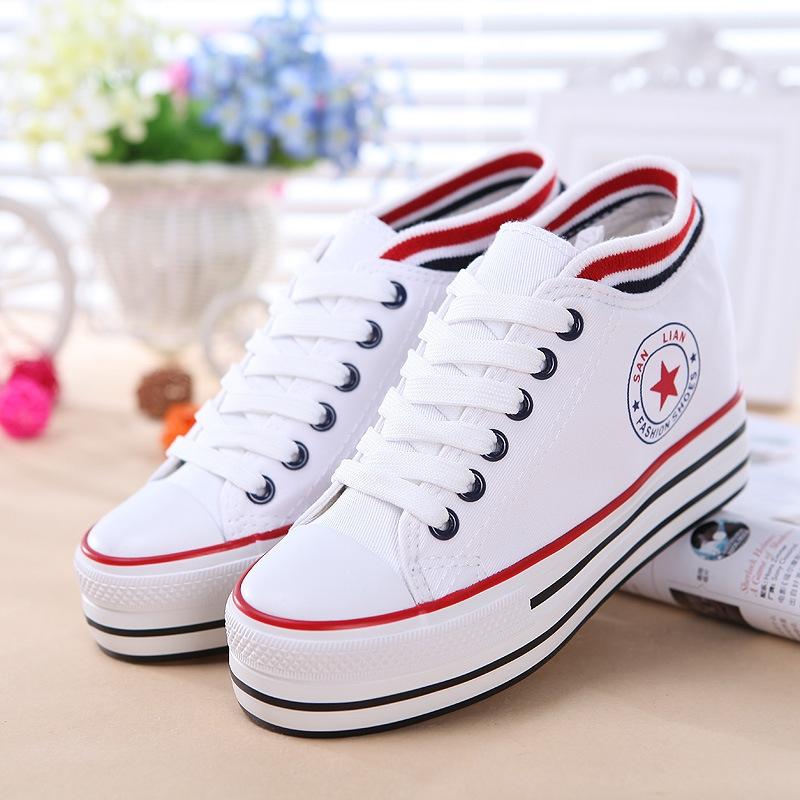 Top 8 Shop bán giày thể thao đẹp và chất lượng nhất Nha Trang