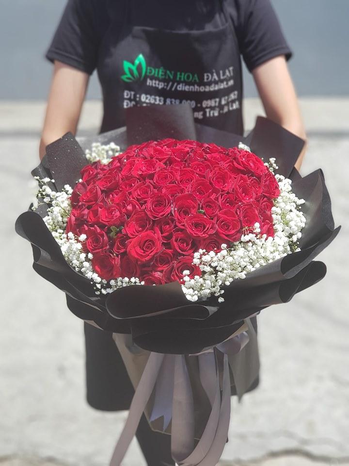 Ngoài ra shop Điện Hoa Đà Lạt còn có cả hoa cưới, lãng hoa dùng để đi các sự kiện khai trương, hoa mừng sinh nhật,...
