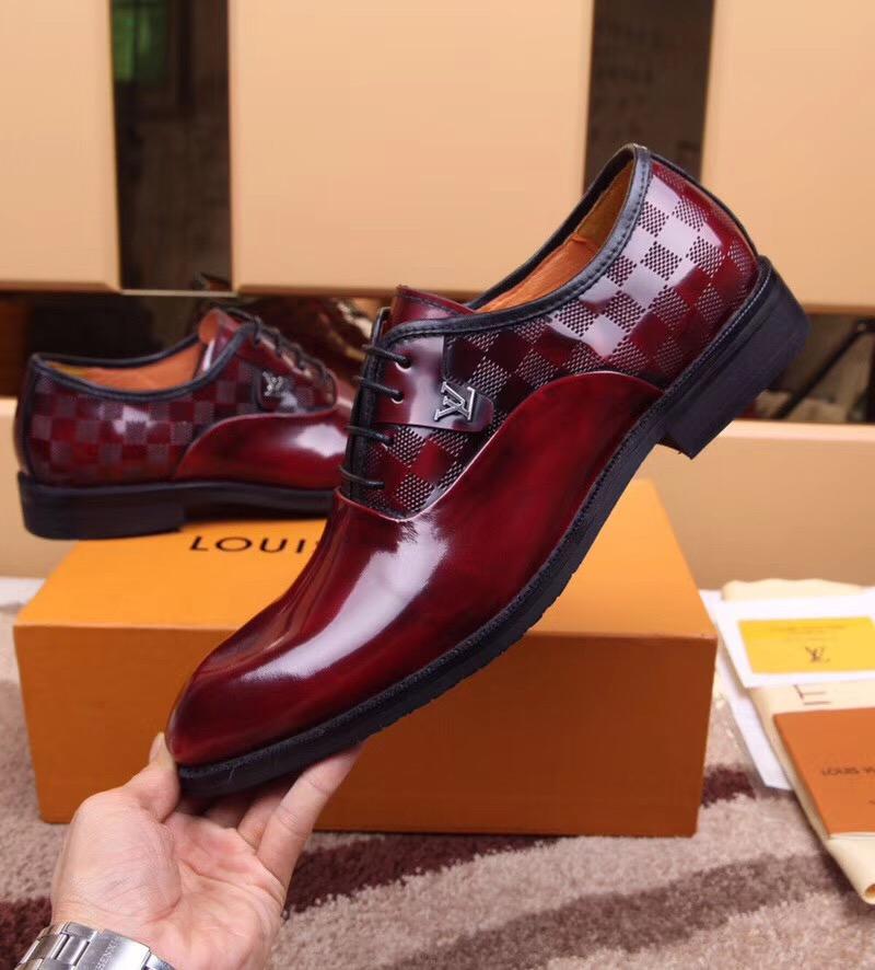 Phong cách thiết kế giày tại da nam tại Secoo