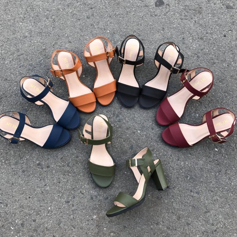 Giày Minh Thư không chỉ đẹp mà còn đa dạng màu sắc