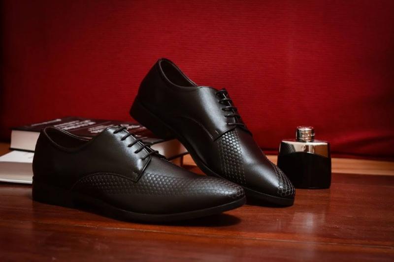 Các sản phẩm giày nam da thật với kiểu dáng, chất lượng và giá tốt nhất