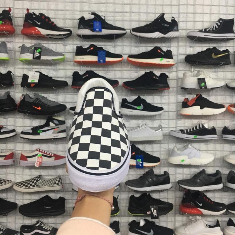 Những mẫu giày hot hit tại Hải Yến Sport