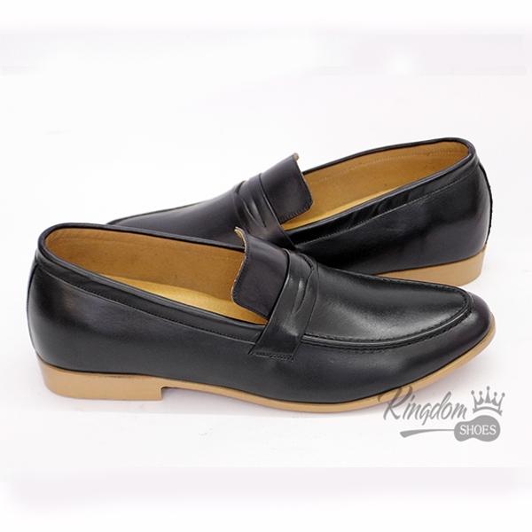 Một sản phẩm giày lười có tại Kingdom shop