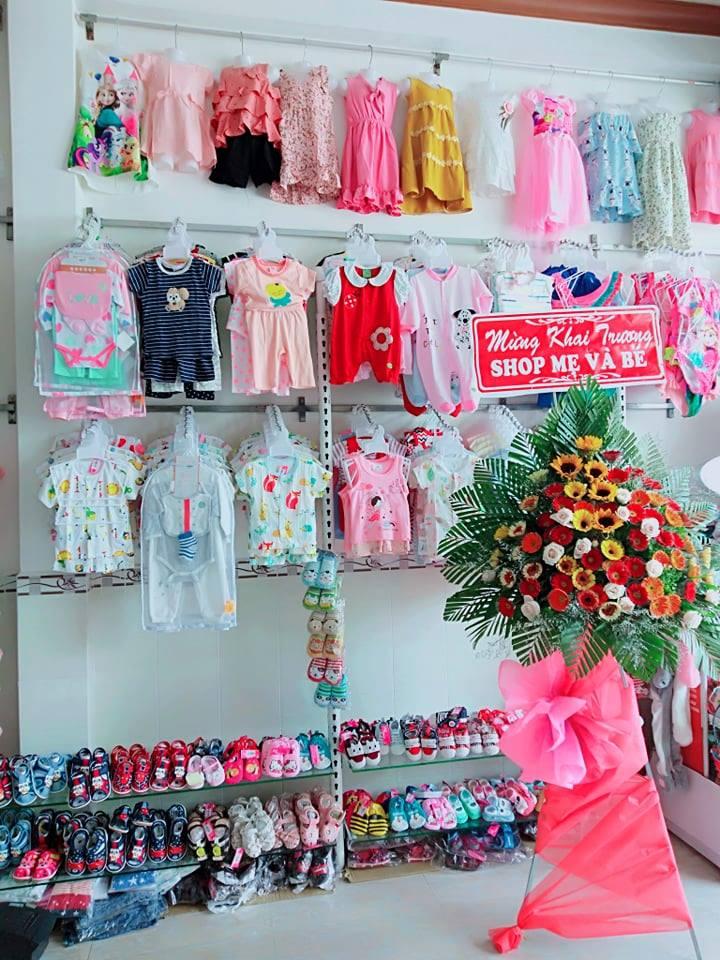 Quần áo, giày dép cho bé tại shop Mẹ và Bé Cần Thơ