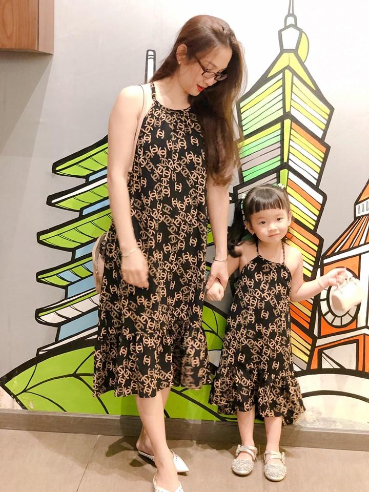 Nhiều mẫu mã quần áo dành cho Mẹ và Bé lựa chọn