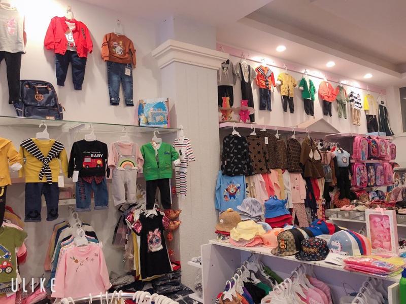 Shop Sy Pé  là  một trong những shop quần áo trẻ em không thể bỏ qua tại Đà Lạt