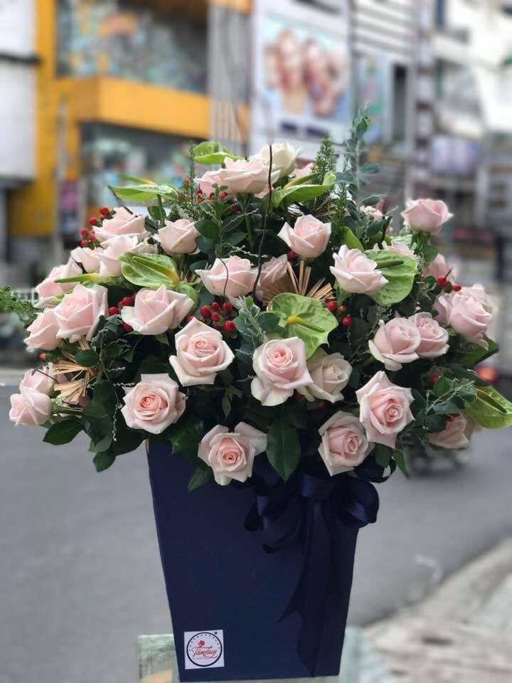 Shop có những thợ cắm và bó hoa rất giỏi tay nghề