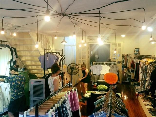 Top 4 shop thời trang đẹp nhất trong chung cư cũ Tôn Thất Đạm, Quận 1, TP. HCM