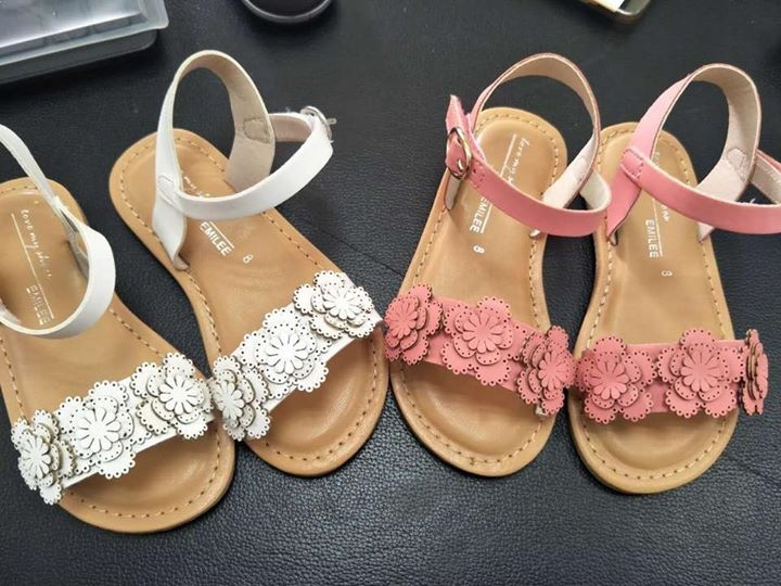 Shop giày trẻ em - Shop Thu Ngân