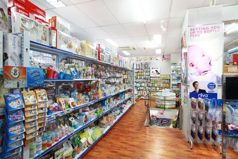 Một gian hàng của Shop Trẻ Thơ