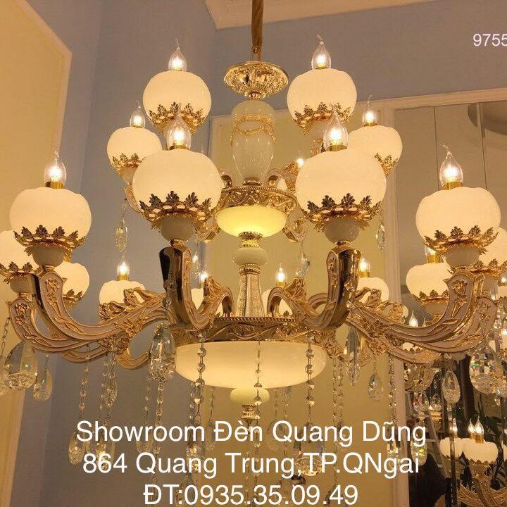 Showroom Đèn Trang Trí Quang Dũng