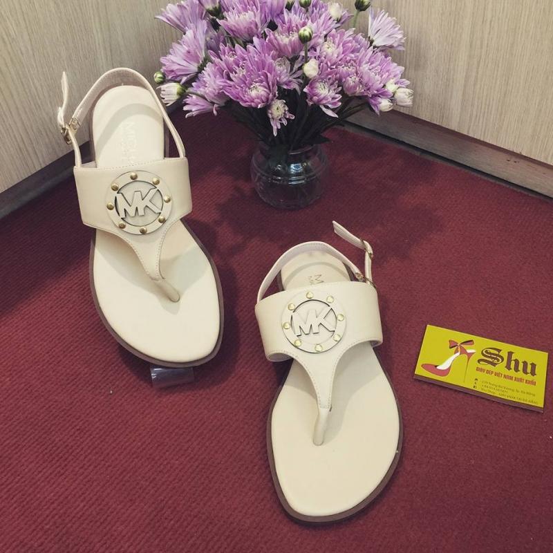 Một trong những mẫu Sandal của shop