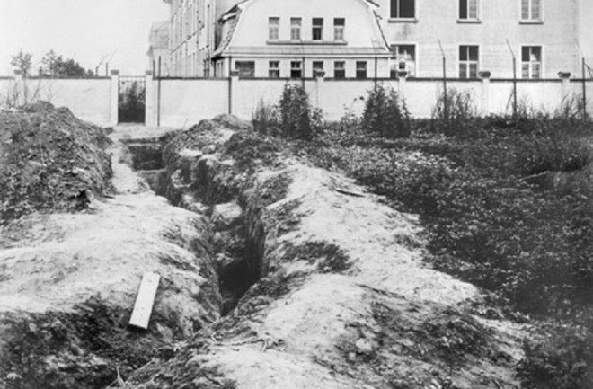 Sĩ quan Anh giả danh binh lính Đức Quốc Xã vượt ngục