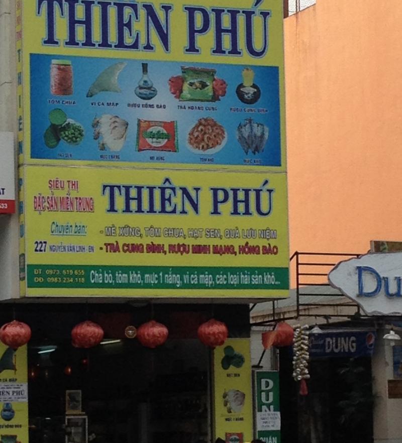 Siêu thị đặc sản Miền Trung tại Đà Nẵng.