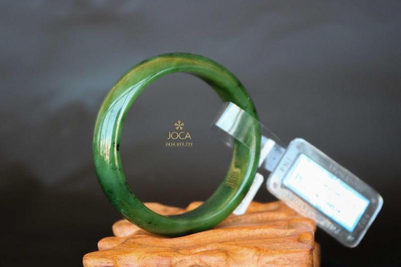 Vòng tay ngọc bích kiểm định PNJ tự nhiên tại Siêu thị phong thủy JOCA