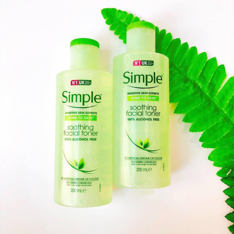 Simple Kind To Skin thích hợp cho da nhạy cảm