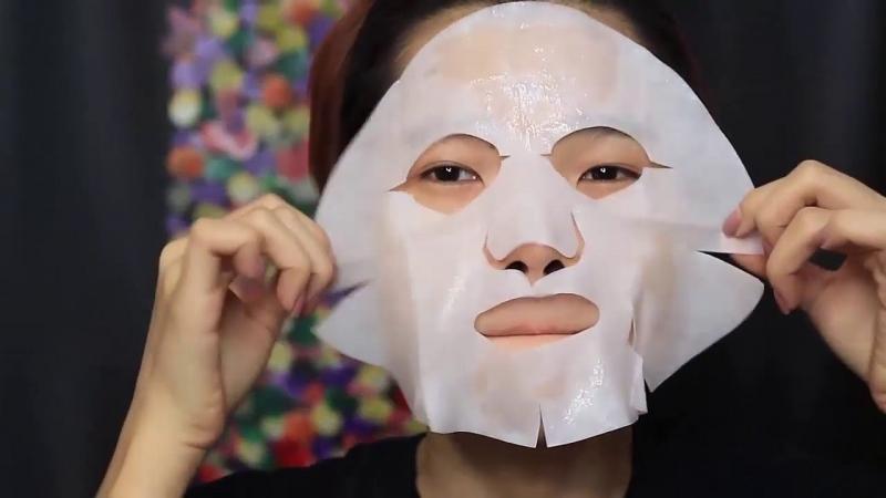 Mặt nạ SK-II Facial Treatment khi đắp lên da