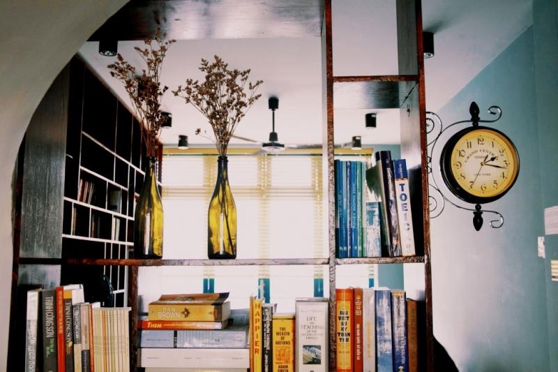 Slowee Cofee & Book - Cà phê cho những người yêu sách