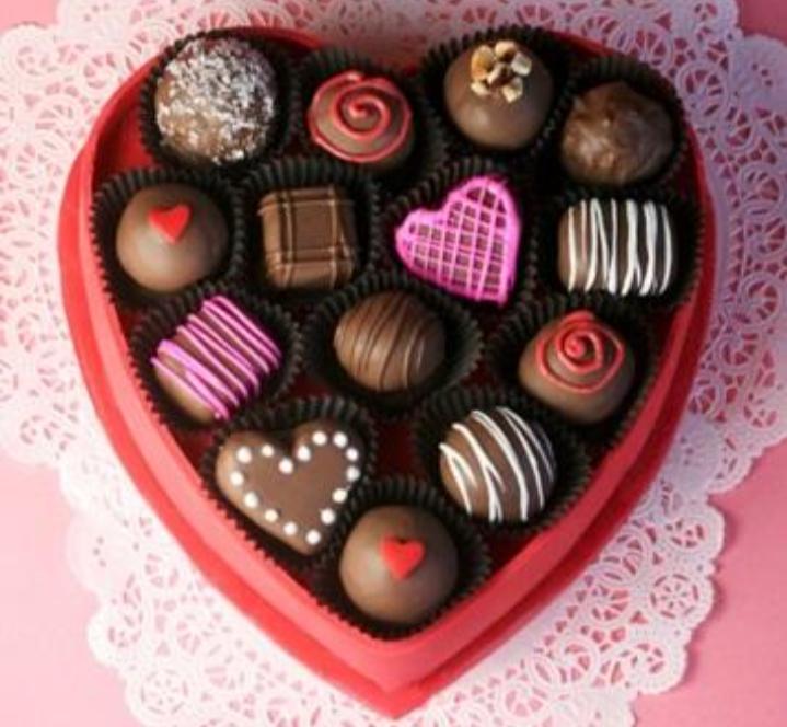 Socola ngọt ngào như tình yêu của hai bạn