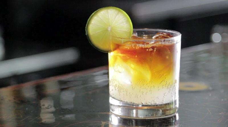 Ly soda chanh giải khát cho mùa hè