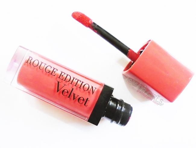 Son Bourjois Rouge Edition Velvet (250.000 VNĐ - 300.000 VNĐ/thỏi)