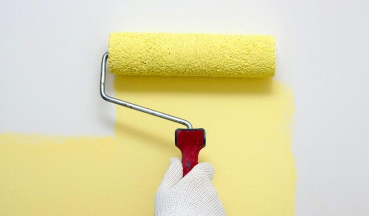 Sơn quét nhà sẽ giúp thổi luồng không khí tươi mới, ngôi nhà trở nên sạch sẽ, khang trang hơn.