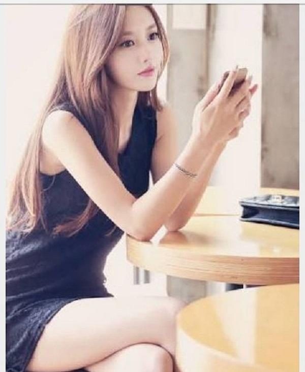 Nữ người mẫu kiêm diễn viên Son Yoon Joo