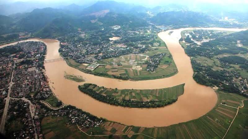 Một đoạn Sông Hồng
