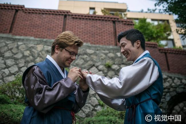 Song Jae Man và Christian Schneider