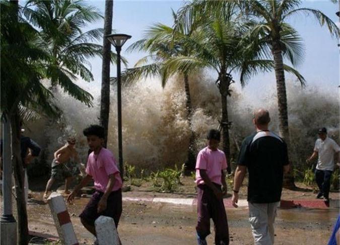 Hiện tượng sóng thần
