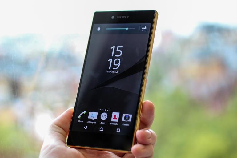 Sony Xperia Z5 Premium thiết kế kim loại nguyên khối