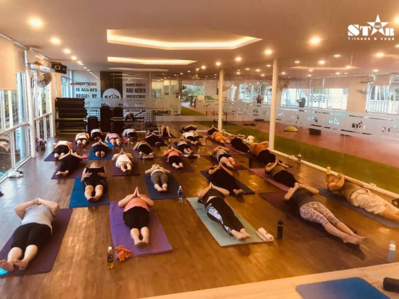 Một buổi luyện tập tại Star Fitness & Yoga Centers Hue