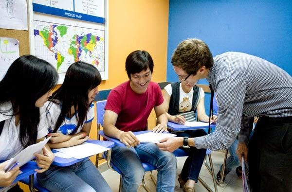 Học tiếng Anh tại StartUP English