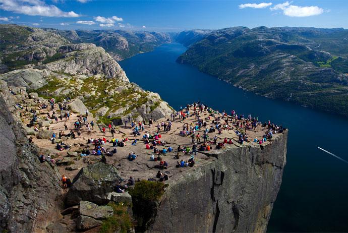 Kjerag được đánh giá là một trong những địa điểm leo núi hàng đầu ở châu Âu