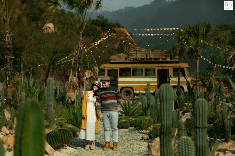 Ảnh cặp đôi mang hơi hương Vintage tại BN Nguyễn