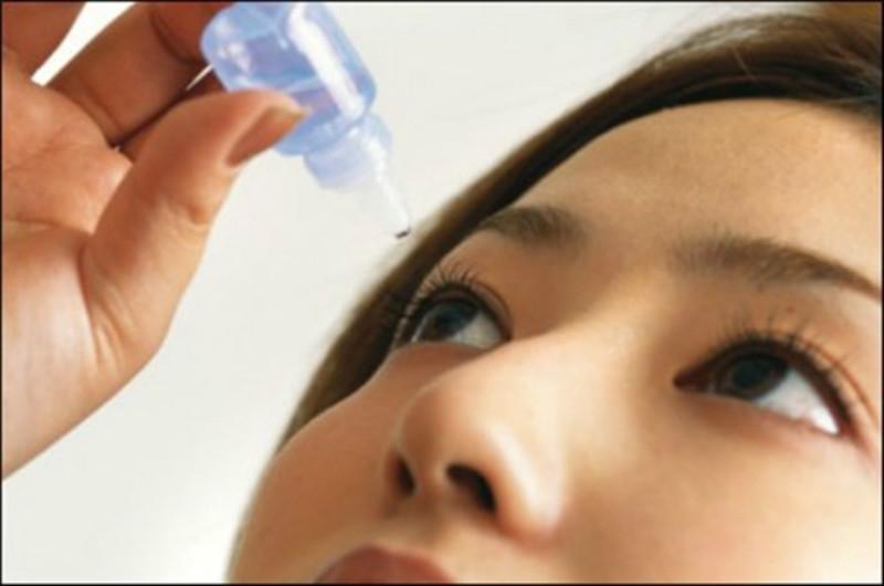 Sử dụng quá nhiều thuốc nhỏ mắt