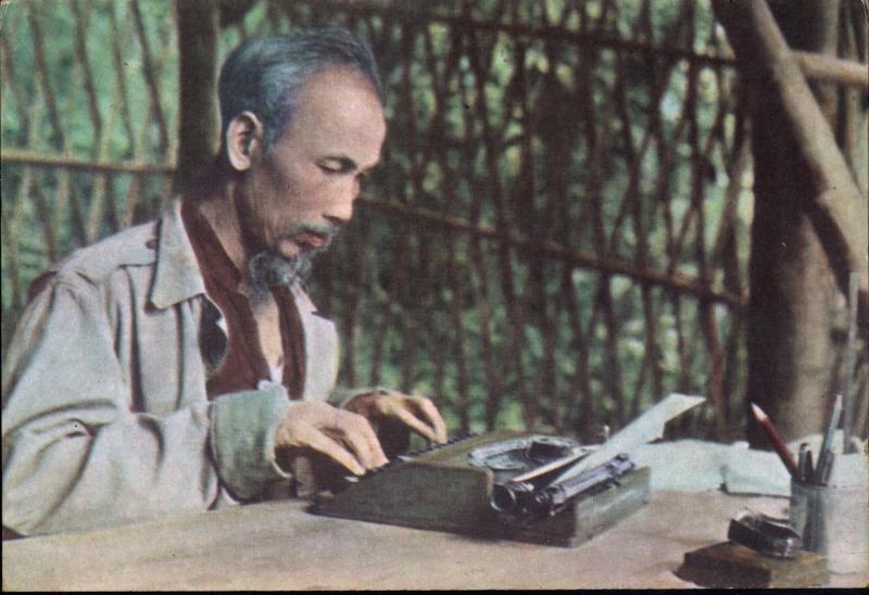 Câu chuyện kể về đức tính giản dị của chủ tịch Hồ Chí Minh cùng bài học ý nghĩa nhất