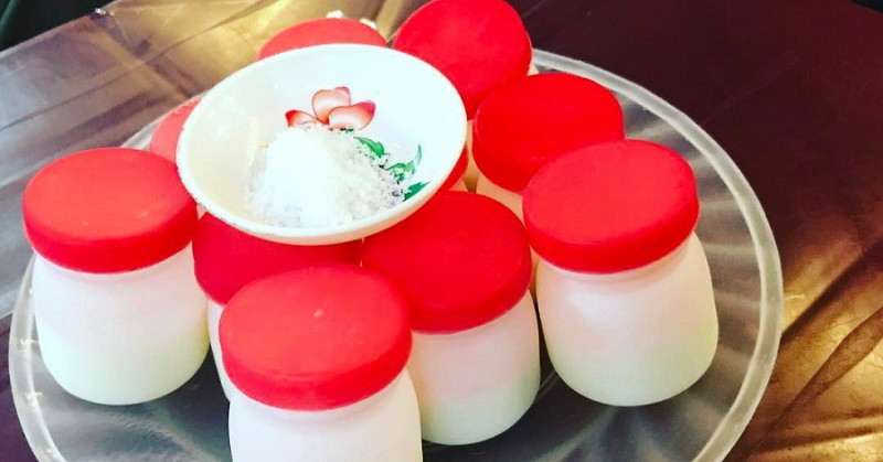 Sữa chua muối: 1.000đ/cốc