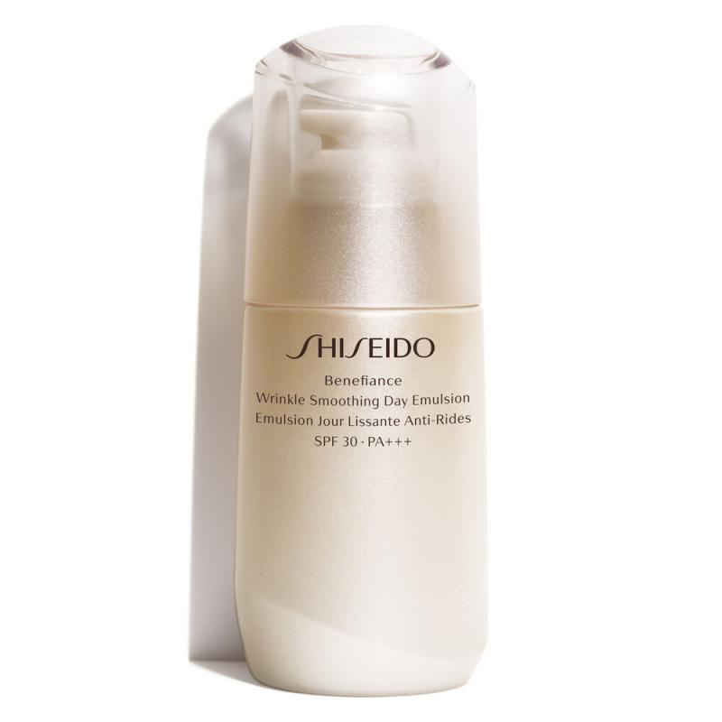 Sữa dưỡng chống lão hóa Shiseido Benefiance Wrinkle Smoothing Day Emulsion