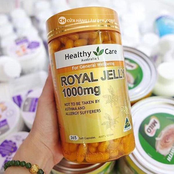 Sữa Ong Chúa Healthy Care Royal Jelly 1000mg cung cấp một lượng đáng kể các nguồn dinh dưỡng có lợi cho sức khoẻ như hỗn hơp vitamin nhóm B, trong đó vitamin B5, vitamin B6 chiếm một lượng lớn.