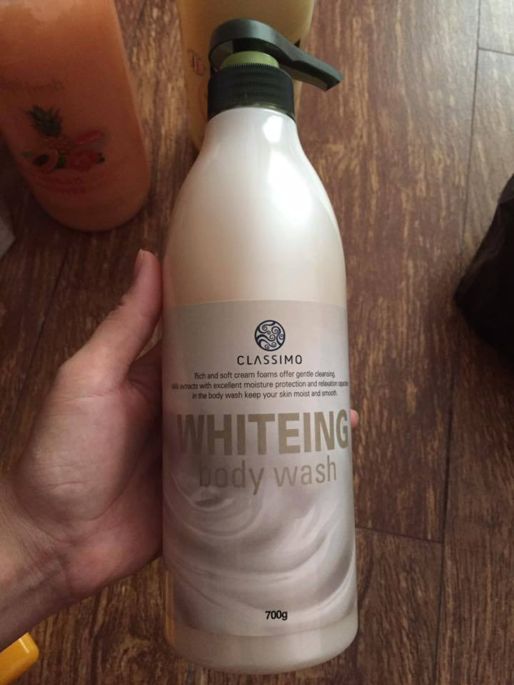 Sữa Tắm Dưỡng Trắng Da - 700ml Whitening Body Wash