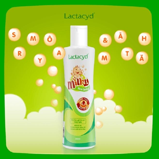 Sữa tắm Lactacyd Milky