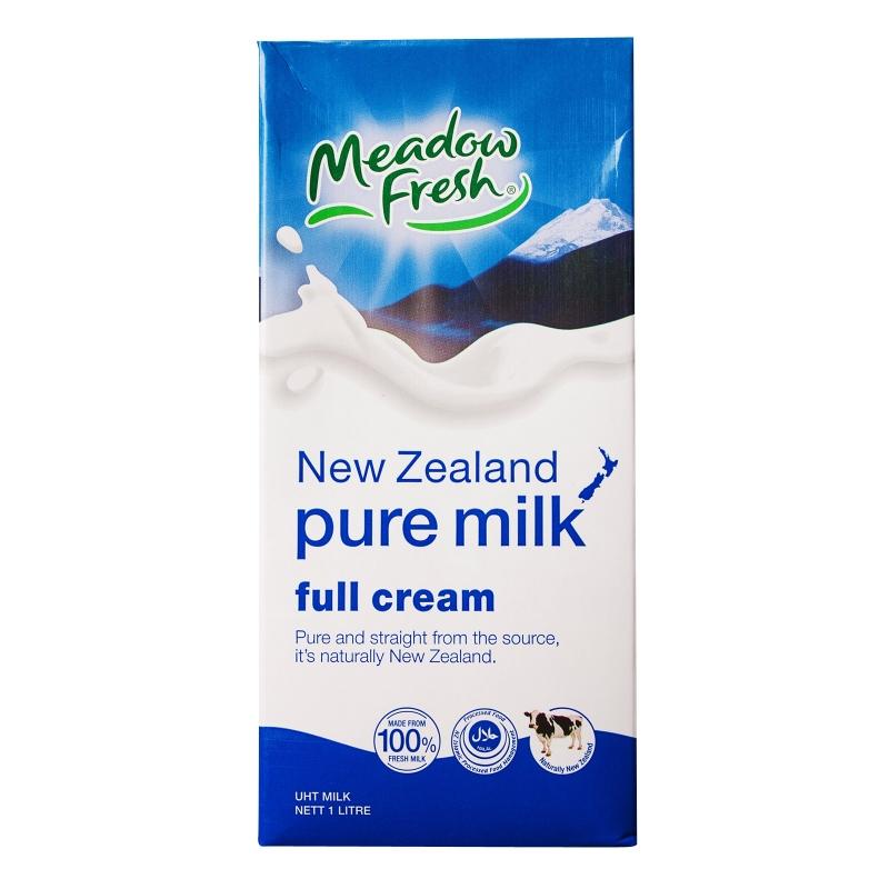 Sữa tiệt trùng nguyên kem Meadow Fresh.
